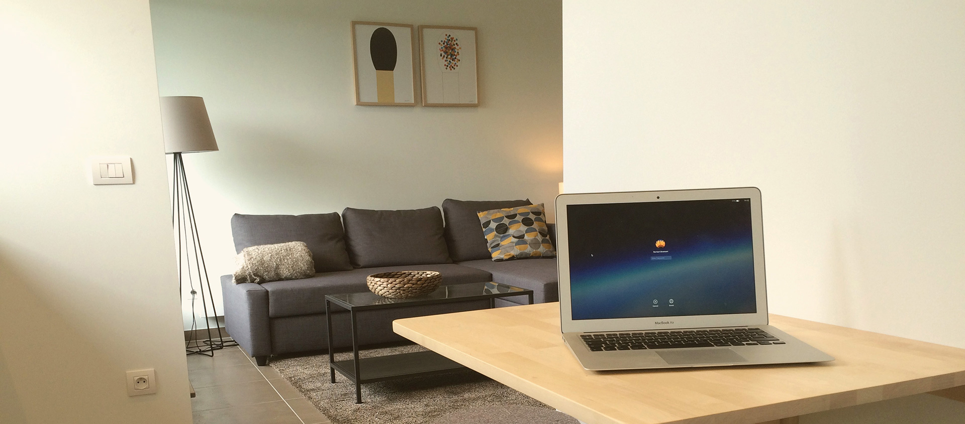 We offer a fully furnished & equipped apartment for 2 persons, available for short- & long-term rental in Ghent, Belgium